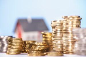 ヘッジファンド vs 不動産投資!おすすめの運用はどっちなのか徹底検証
